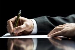 Чем отличается наследственный договор от пожизненного содержания?